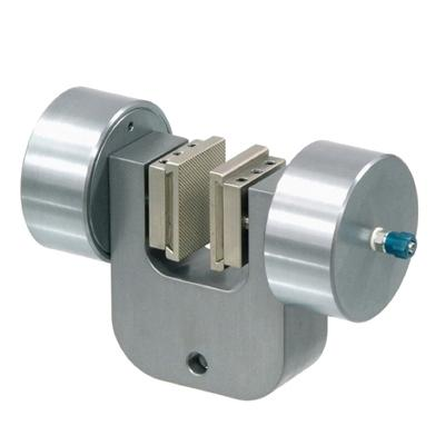 Pneumatic Vice Action Grip U-Form with 2 pneumatic rods, 20 mm capacity, pair (without jaws), QC fitting